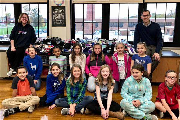 Hoover Middle School Students Collect 1,034 Pairs of Socks for Families in Need